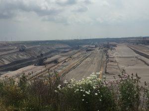 hier im Tagebau Garzweiler II verlief mal die B 1